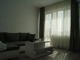 Apartament de închiriat 3 camere, în Constanta, zona Tomis Plus