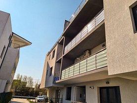 Apartament de vânzare 5 camere, în Otopeni, zona Odai