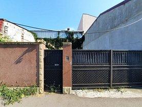 Casa de vânzare 11 camere, în Constanţa, zona Tomis II