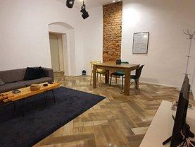 Apartament de vânzare 2 camere, în Timişoara, zona P-ţa Unirii