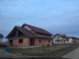 Casa 5 camere în Remetea Mare