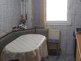 Apartament de vânzare 3 camere, în Ploiesti, zona 9 Mai