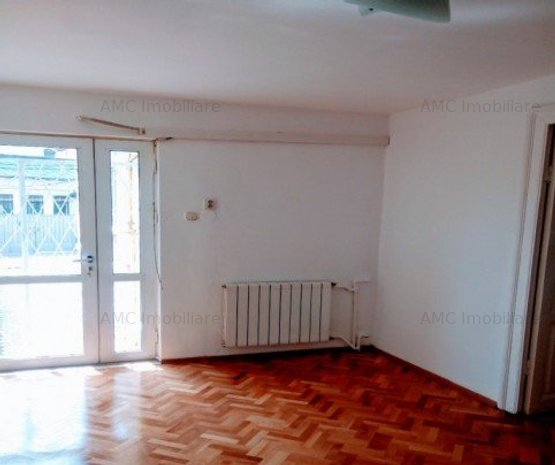 Casa 8 de inchiriat camere Gradina Icoanei - imaginea 1