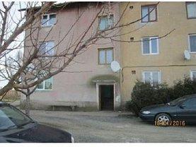 Apartament de vânzare 2 camere, în Iratosu