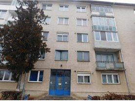 Apartament de vânzare 2 camere, în Dej, zona Central
