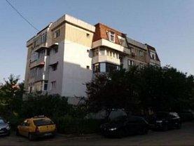 Apartament de vânzare 3 camere, în Craiova, zona Lapus