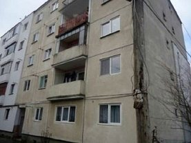 Apartament de vânzare 3 camere în Gherla, Central