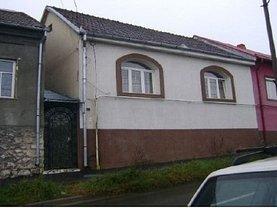Casa de vânzare, în Resita, zona Moroasa 1