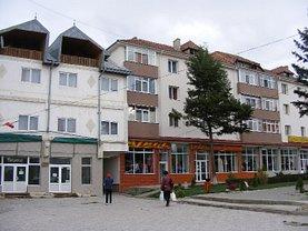 Apartament de vânzare 2 camere, în Dorohoi, zona Central