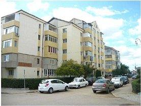 Apartament de vânzare 3 camere, în Targoviste, zona Micro 3