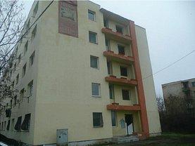 Apartament de vânzare 3 camere, în Ploiesti, zona Mihai Bravu