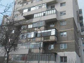 Apartament de vânzare 3 camere, în Slobozia, zona Central
