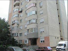 Apartament de vânzare 4 camere, în Oradea, zona Rogerius