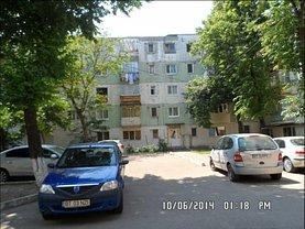 Apartament de vânzare 2 camere, în Botosani, zona Sud-Vest