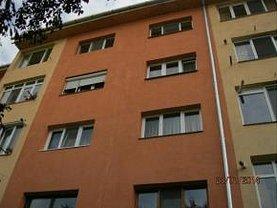 Apartament de vânzare 3 camere, în Simleu Silvaniei, zona Central