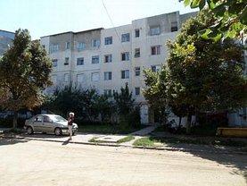 Apartament de vânzare 2 camere în Rosiori de Vede, Central