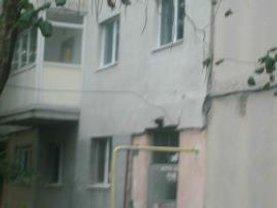 Apartament de vânzare 4 camere, în Giurgiu, zona Casa Cartii