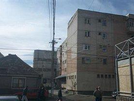 Apartament de vânzare 4 camere, în Turda, zona Est