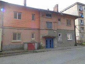 Apartament de vânzare 2 camere, în Giurgiu, zona Nord-Est