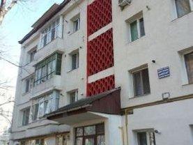 Apartament de vânzare 3 camere, în Vaslui, zona Vest