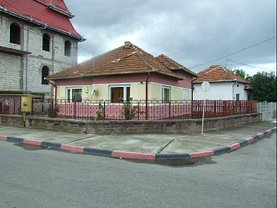 Casa de vânzare, în Hateg, zona Central