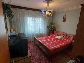 Apartament de vânzare 4 camere, în Bucureşti, zona Vitan