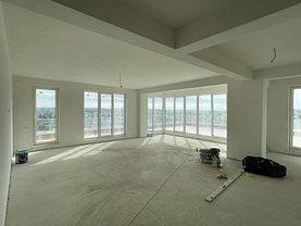 Apartament de vânzare 4 camere, în Iaşi, zona Moara de Vânt