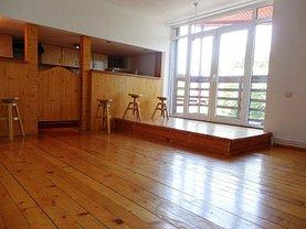 Casa de închiriat 4 camere, în Bucureşti, zona Primăverii