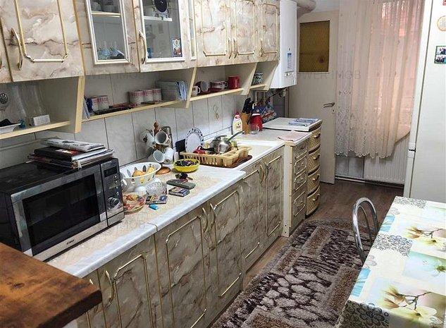 Vanzare apartament 2 camere Steagu - imaginea 1