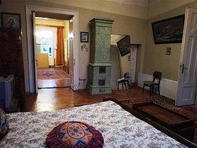 Apartament de vânzare 5 camere, în Braşov, zona Dealul Cetăţii