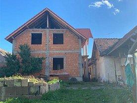 Casa de vânzare 5 camere, în Mihai Viteazu