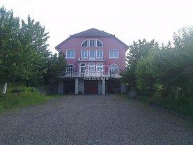 Casa de închiriat 7 camere, în Targu Mures, zona Est