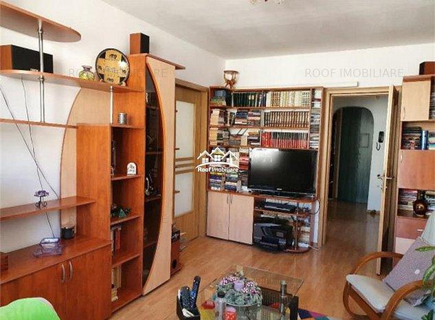 Apartament 3 camere, semidecomandate, renovat, bl.1982, Basarabia Arena - imaginea 1