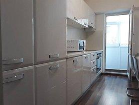 Apartament de închiriat 3 camere în Buzau, Micro 3