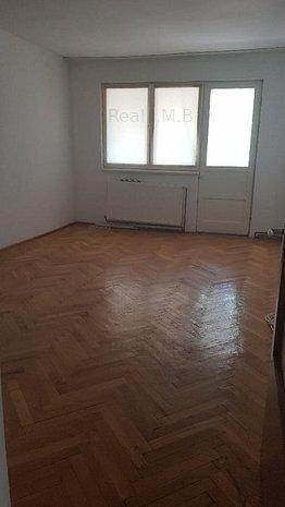 Apartament 3 camere ultracentral !! - imaginea 1