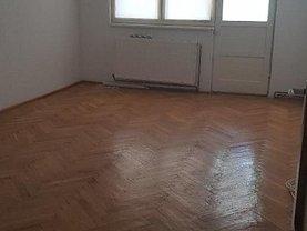 Apartament de vânzare 3 camere, în Buzău, zona Ultracentral