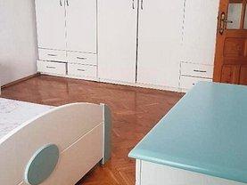 Apartament de închiriat 4 camere, în Buzău, zona Unirii Sud