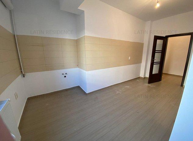 2 camere - Proprietar - Latin Residence - imaginea 1