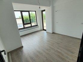 Apartament de vânzare 3 camere, în Iaşi, zona Popas Păcurari