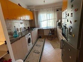 Apartament de vânzare 3 camere, în Iasi, zona Mircea cel Batran