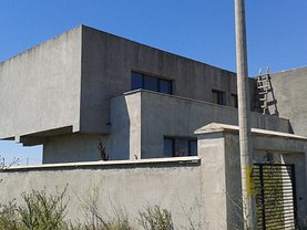 Casa de vânzare 4 camere, în Costinesti, zona Sud