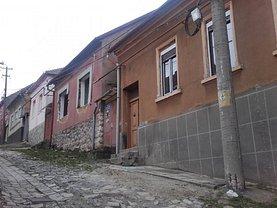 Casa de vânzare 5 camere, în Reşiţa, zona Stăvila