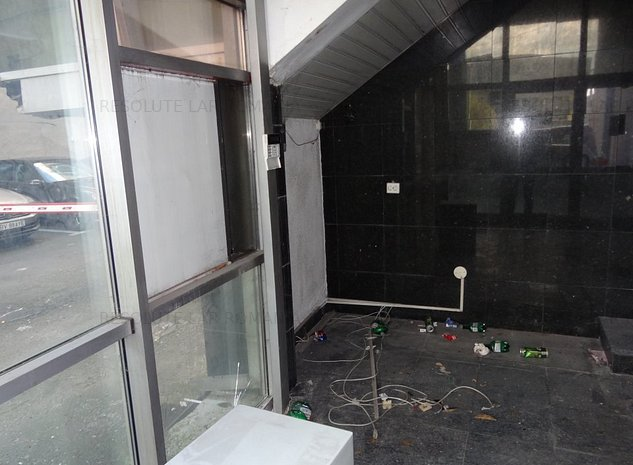 - fost sediu Bancpost in centrul civic - imaginea 1
