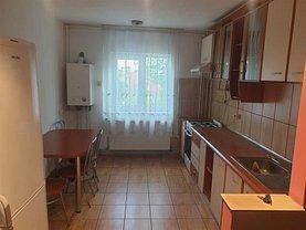 Apartament de închiriat 4 camere, în Cluj-Napoca, zona Semicentral