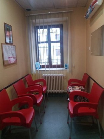 Cabinet stomatologic de inchiriat - imaginea 1