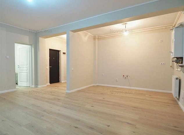 Vanzare apartament 2 camere bloc nou cu CF, str Razoare zona VIVO - imaginea 1