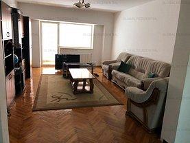 Apartament de vânzare 4 camere în Pitesti, Central