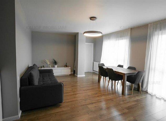 Apartament ultrafinisat, cu 3 camere, Europa - imaginea 1