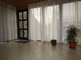 Casa 3 camere în Targoviste, Exterior Est