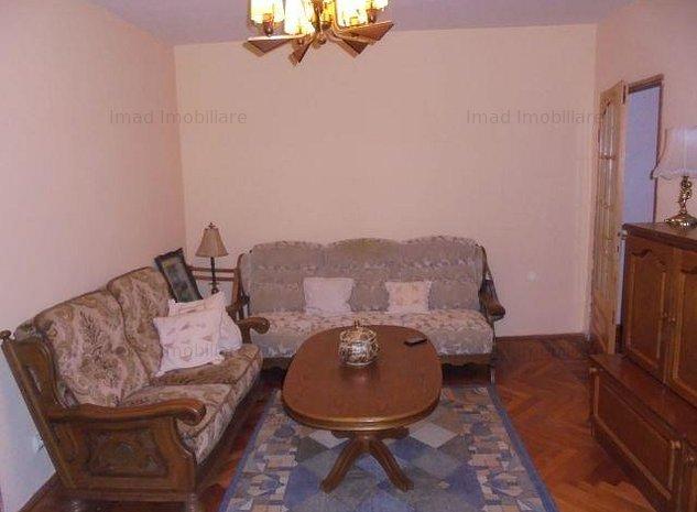 Aproape de Piata 1 Mai! Vanzare apartament cu 2 camere in Targoviste-M9 - imaginea 1